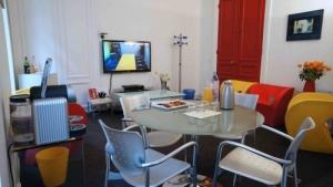 salon-clients-reunion-de-consommateurs-louvre-10507-500x500